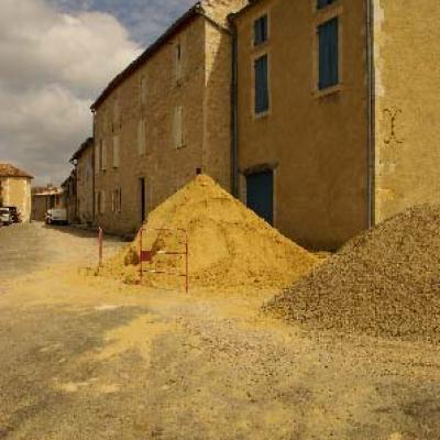 Travaux au village